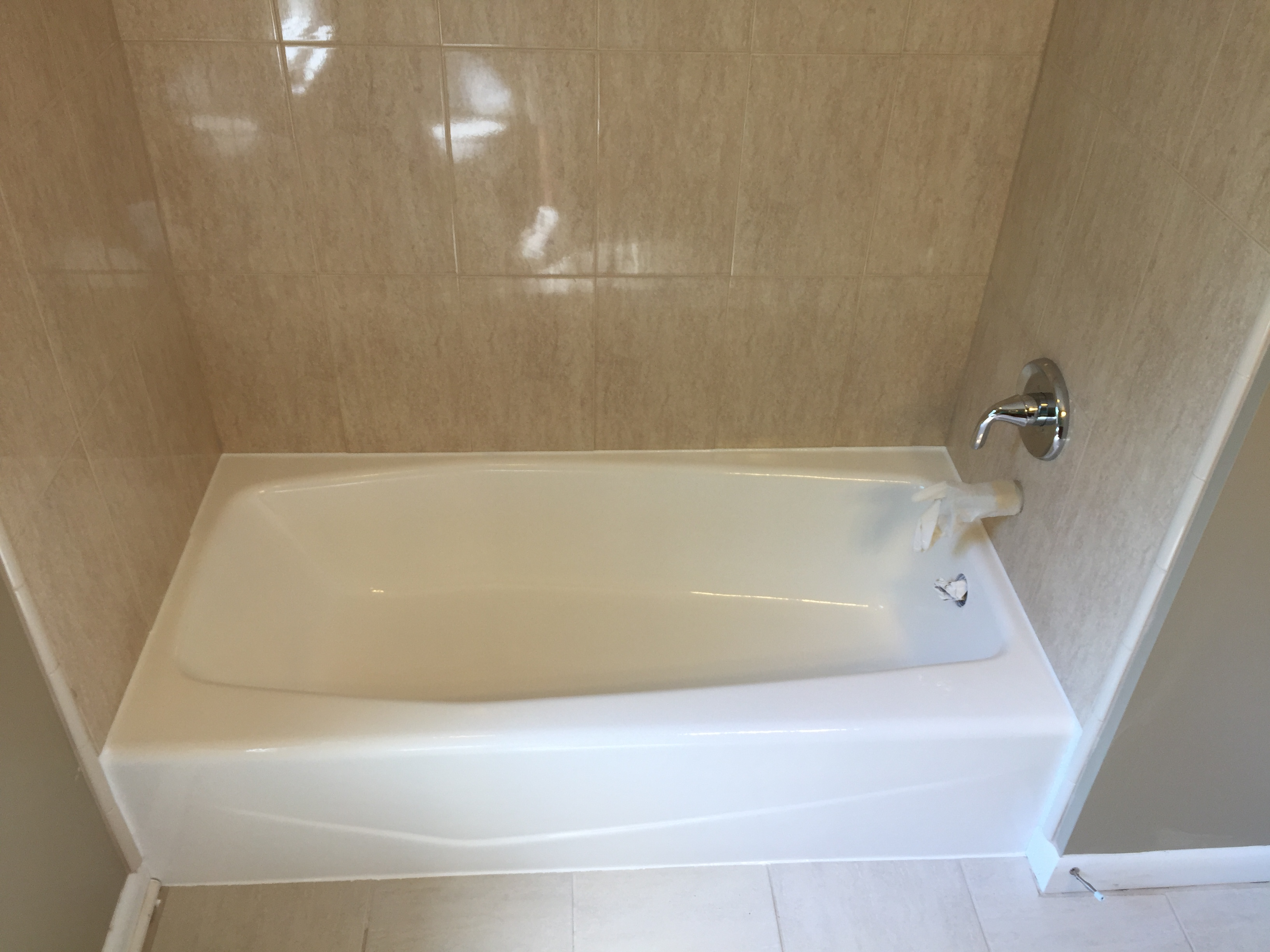 bathtub from nh for a image refinishing prices restoration reglazing best
